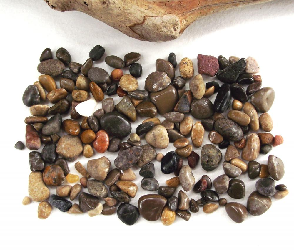 Scrapbooking beach pebbles spanish river sea beach rocks for Small river pebbles