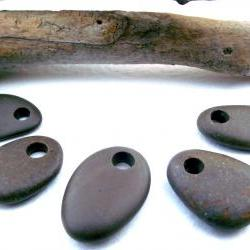 Top drilled brown speckled beach pebbles. Spanish drilled beach rocks. 5 Natural and smooth beads by Ocean gifts.